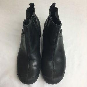 Merrell Shoes - Women's Black Merrell Boot